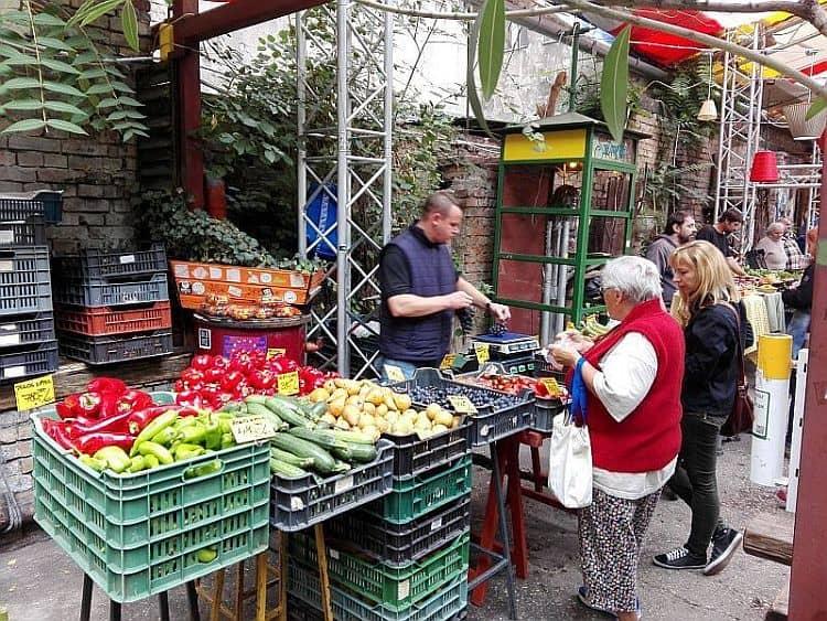 Szimpla farmer's market