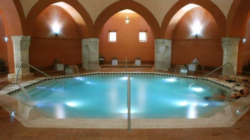 Veli Bej thermal bath