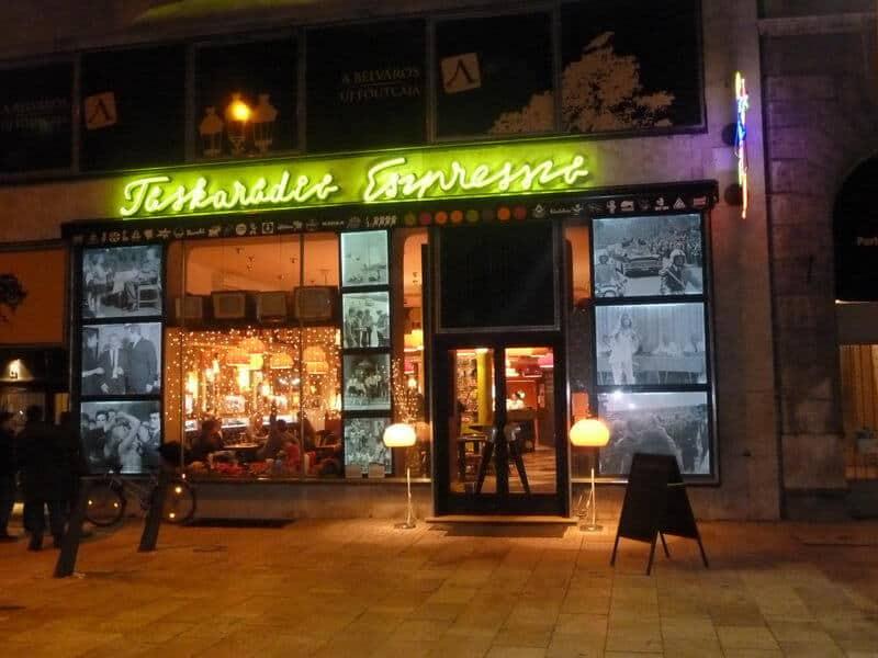 Táskarádió retro coffee shop
