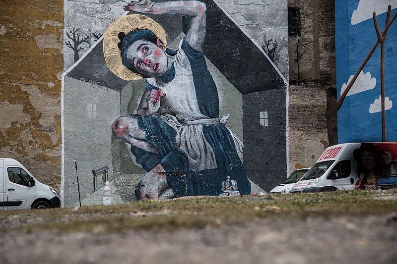 Alice in wonderland - street art in Budapest