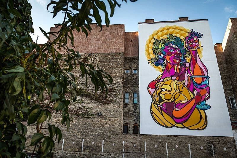Mural by Attila Balogh in Budapest