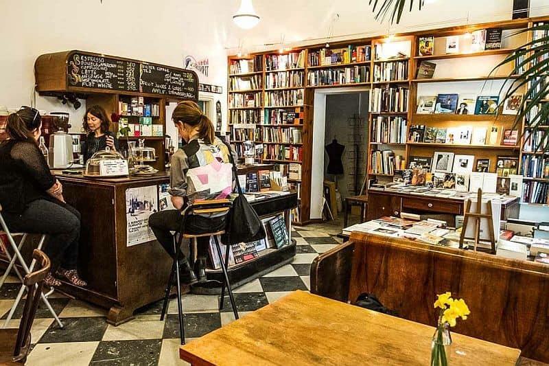 Massolit coffee and books