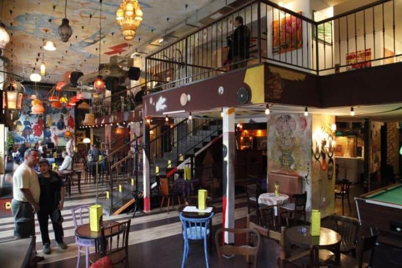 Szatyor bar and gallery