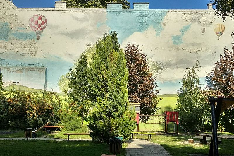 Landscape mural by Neopaint in Budapest