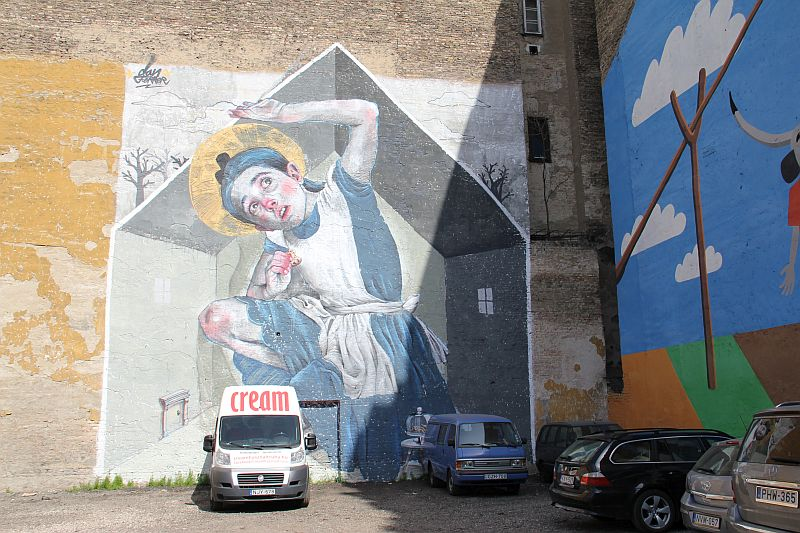 Mural in the Jewish Quarter of Budapest by Dan Ferrer