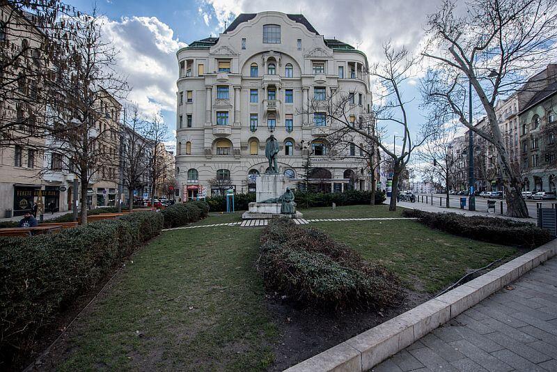 Bartók Béla Avenue Budapest