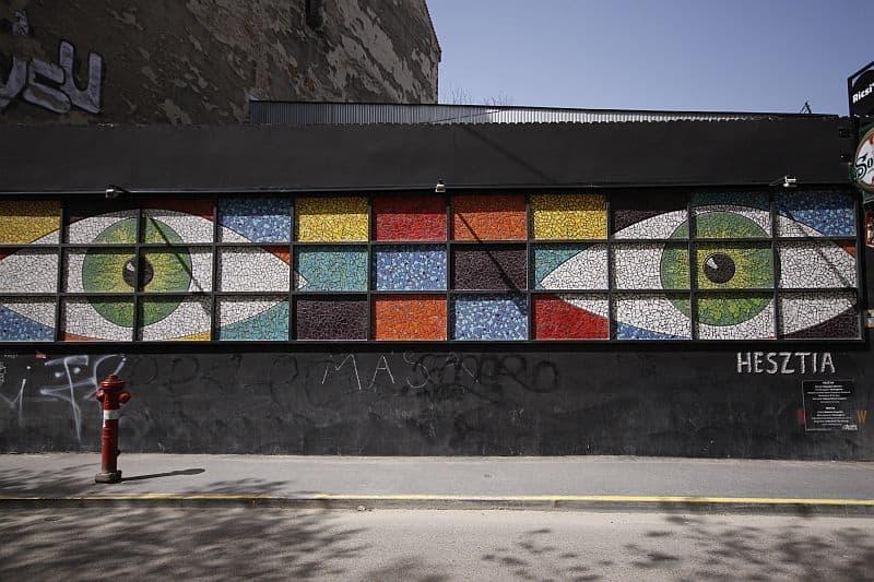 Street or gallery Színes Város