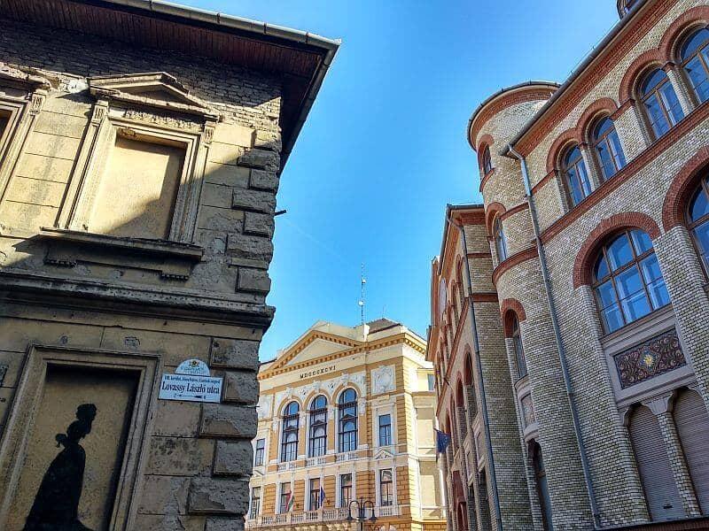Tavaszemező street Budapest