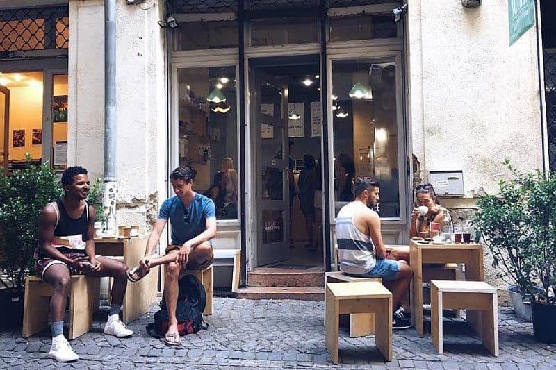 Kontakt coffe house Budapest
